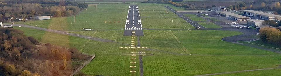 Presse: Wer auf Mönchengladbachs Flughafen startet und landet